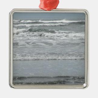 Ozean-Wellen Quadratisches Silberfarbenes Ornament