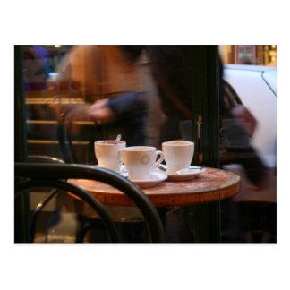 Pariser Atmosphären-Kaffee-Gast oder Postkarte