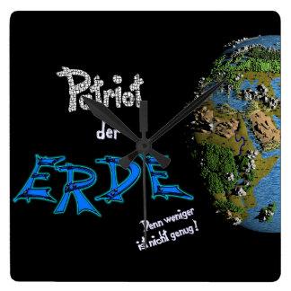 Patriot der Erde Quadratische Wanduhr