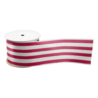 Patriotisches rotes weißes satinband