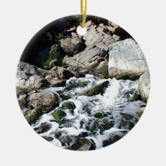 Penasquitos Wasserfall Rundes Keramik Ornament