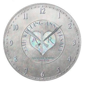 Perlen-silberner Herz-Monogramm-Hochzeitstag Große Wanduhr