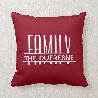 Personalisierte Familie u. Streifen rot Kissen