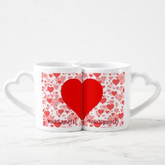 Personalisierte Herzen der Herzen für Liebhaber Partnertassen