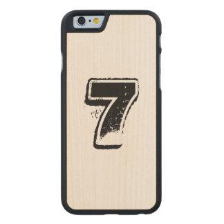 Personalisierter Ahorn Jerseykasten Carved® iPhone 6 Hülle Ahorn