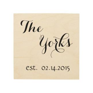 Personalisierter letzter Name u. Est. Datum Holzdruck