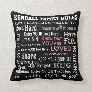 """Personalisiertere """"Familie ordnet"""" - Ihre Kissen"""
