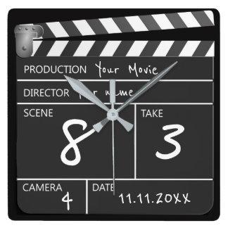 Personalisiertes eines netten Films Clapperboard Quadratische Wanduhr
