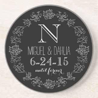 Personalisiertes Tafel-Monogramm-Hochzeits-Datum Getränkeuntersetzer