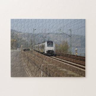 Personenzug in Niederheimbach Puzzle