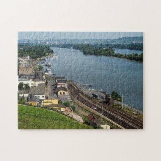 Personenzug in Rüdesheim am Rhein Puzzle