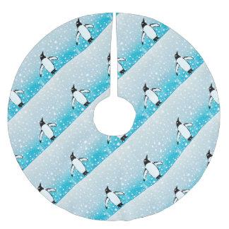 Pinguin im Schnee Polyester Weihnachtsbaumdecke