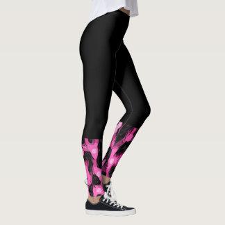 Pink-Gepard-Druck trifft Gamaschen hart Leggings