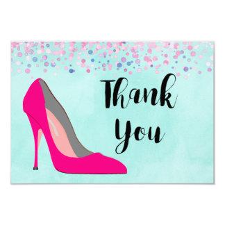 Pink-Stilett-Schuh und rosa Confetti danken Ihnen Karte