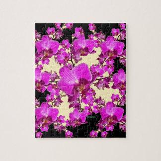 Pinkfarbene rosa Orchideen-Creme u. schwarze Puzzle