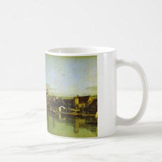 Pirna gesehen von der rechten Bank der Elbes durch Kaffeetasse