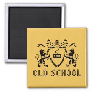 Pixel-heraldischer alte Schulmagnet Quadratischer Magnet