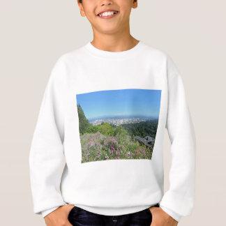 Portland-Skyline mit Berg-Haube Sweatshirt
