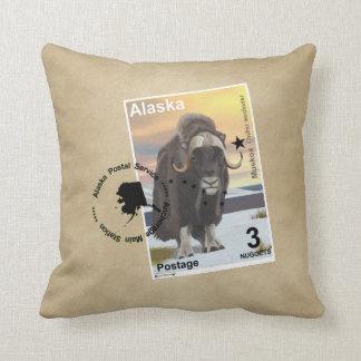 Porto-Briefmarken-Andenken Alaskas Muskox Zierkissen