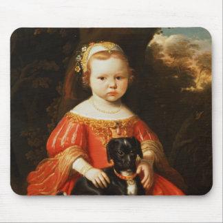 Porträt eines Mädchens mit einem Hund Mousepad