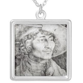 Porträt eines unbekannten Mannes, 1521 Versilberte Kette
