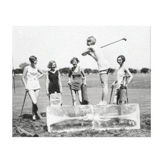 Prallplatten-Mädchen, die Golf, 1926 spielen Leinwand Drucke