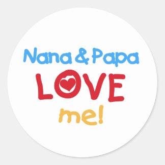 Primärfarben Nana und Papa-Liebe ich Runder Aufkleber