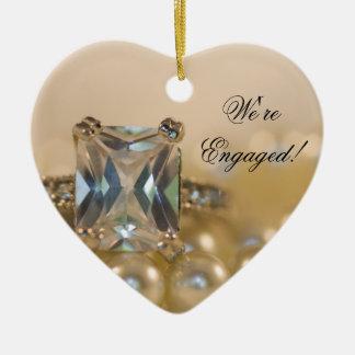 Prinzessin Diamond und Weiß-Perlen-Verlobung Keramik Ornament