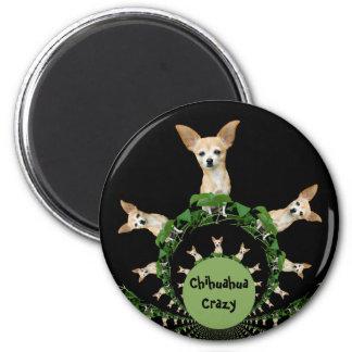 Psychedelische beige und weiße Chihuahua Runder Magnet 5,7 Cm