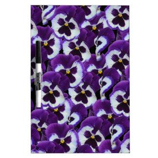 Purple_Pansies_Bouquet, _ Trockenlöschtafel