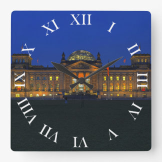 Quadratische Wanduhr römische Ziffern Reichstag