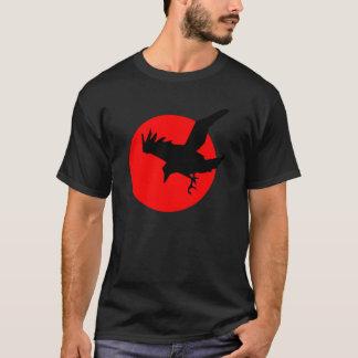 Rabe auf roter untergehender Sonne T-Shirt