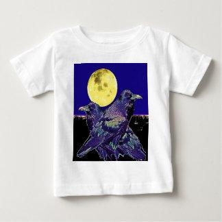 Raben-gespenstischer Mond @ durch Sharles Shirts