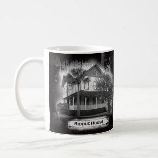 Rätsel-Haus-historische Tasse