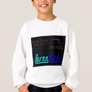 Regelmäßiges Logo Raben-Nicoles und zahlreiche Sweatshirt