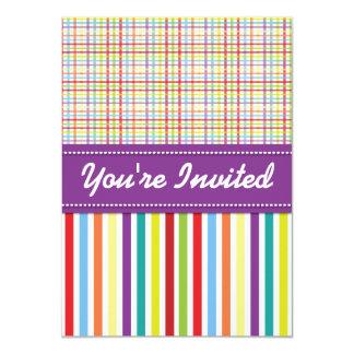 Regenbogen-gestreifte Mädchen-Geburtstags-Party Einladungskarte