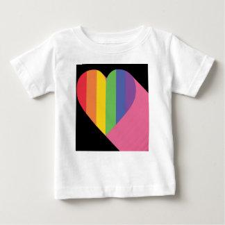 Regenbogen-Herz-Stolz Baby T-shirt