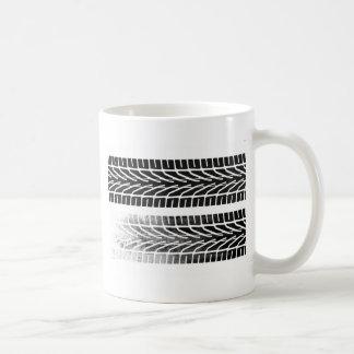 Reifen-Kennzeichen-Entwurf Kaffeetasse