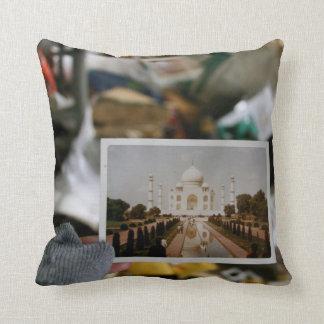 Reise zu Taj Mahal Zierkissen