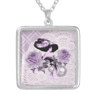 Reizendes LavenderLady VintageLace SilverSq. Versilberte Kette