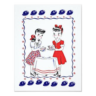 Retro Mädchen, die eine Tee-Party-sozial-Einladung 10,8 X 14 Cm Einladungskarte