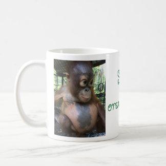 Retten Sie den Orang-Utans niedliche Baby-Blase Tasse