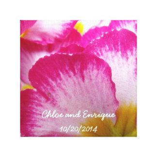 Rosa Blumen-personalisierte Hochzeit Leinwanddruck