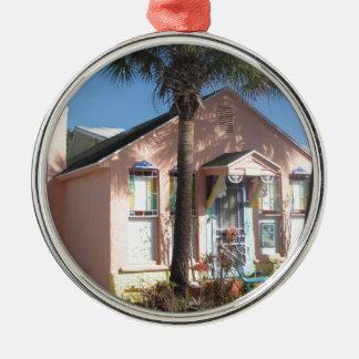 Rosa feenhafte Strand-Hütte Rundes Silberfarbenes Ornament