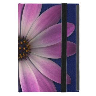 Rosa magentarotes Gänseblümchen auf iPad Mini Etui