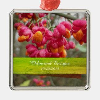 Rosa Spindel-Frucht-Blumen-personalisierte Quadratisches Silberfarbenes Ornament