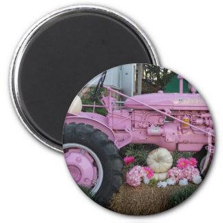 Rosa Traktor Runder Magnet 5,7 Cm