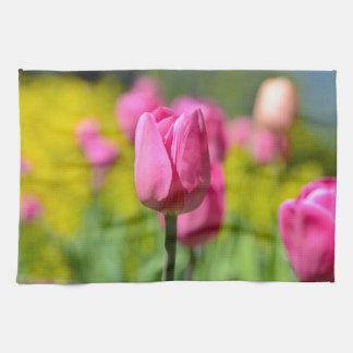 Rosa Tulpe im Garten Küchentuch