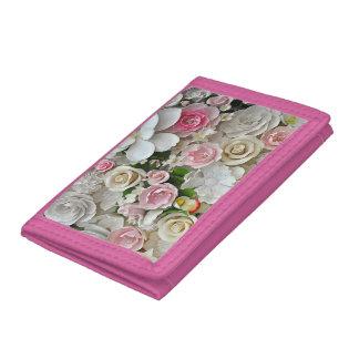 Rosa- und weißesblumenmuster