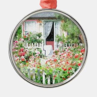 Rosen-Hütte Rundes Silberfarbenes Ornament